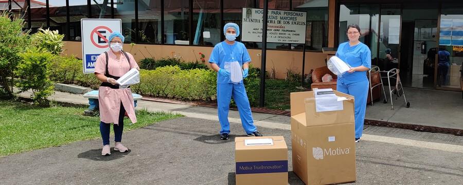 Establishment Labs da segunda donación de más de 1.800 caretas reutilizables